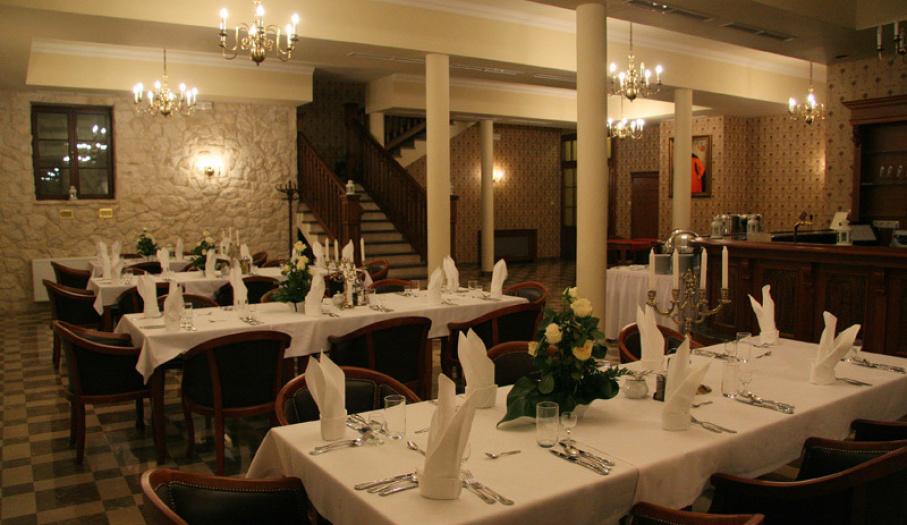 Restauracja Sarmacka Gdzie Zjeść Sandomierz Travel