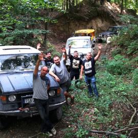 Sandomierska Grupa Terenowa zaprasza na przejażdżki samochodami terenowymi