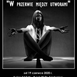 """Wystawa fotograficzna """"W przerwie między utworami"""" autorstwa Tomasza Bartosika"""